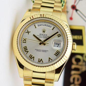 Rolex Day Date 2 President Gold Silver Roman Dial 218238 WATCH CHEST