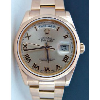 Rolex Day Date Oyster Rose Gold Rose Roman Dial 118205   WATCH CHEST